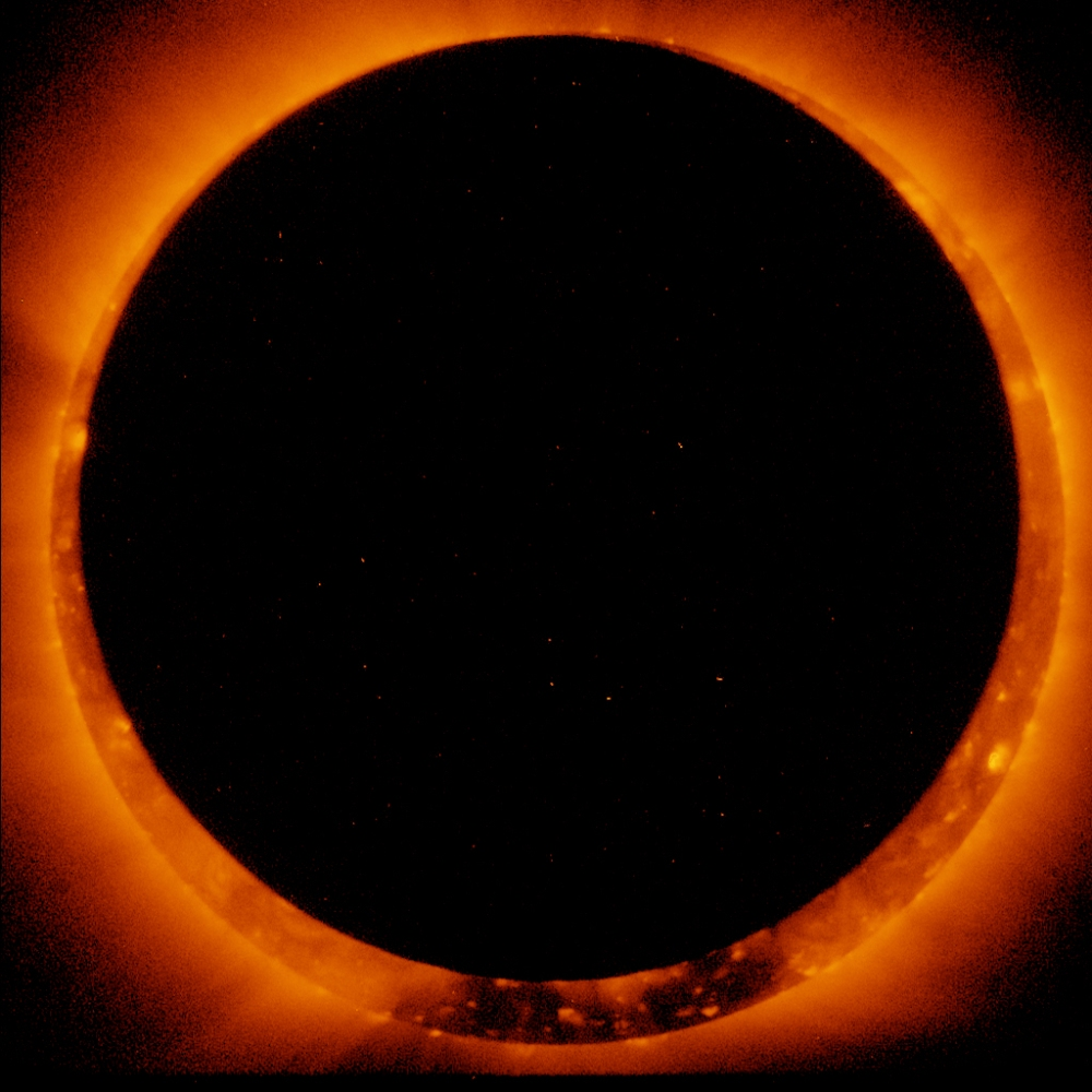 Photos of an annular solar eclipse taken by the solar optical telescope Hinode as the moon came between it and the sun. Credit: Hinode/XRT